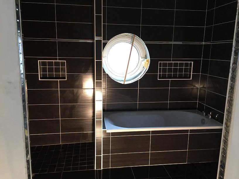 Pose de faïence et création de douche à l'italienne